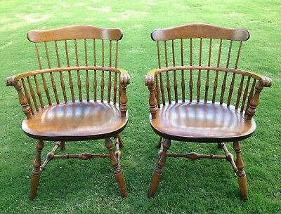 Nichols And Stone Hoop Back Solid Maple Windsor Captains Chairs Excellent Cond