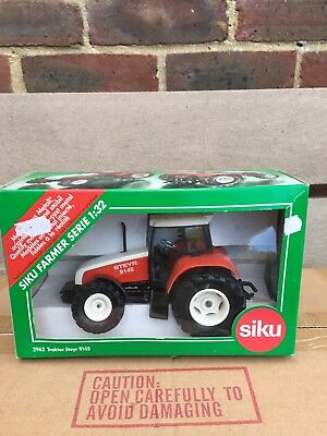 2962 Siku Steyr 9145 tractor 1:32 BOXED