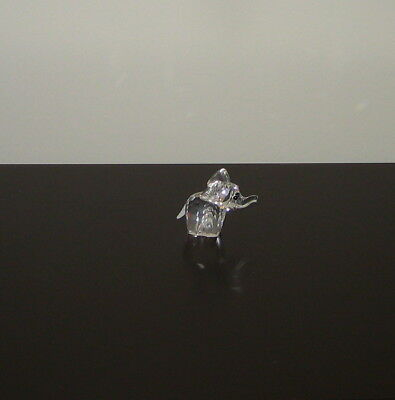 "Swarovski Crystal Figurine ""SMALL ELEPHANT"" 7640 040 000"