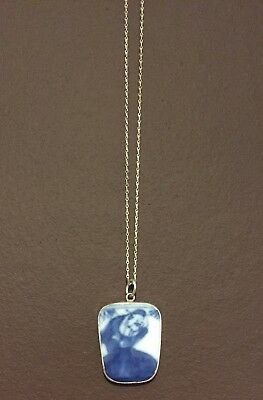 NANKING CARGO SHIPWRECK NECKLACE inc SMALL PIECE OF PORCELAIN c1750 SILVER CHAIN