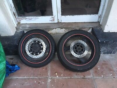 Yamaha Fazer FZS6 Wheels And Tyres front and back