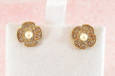 Vintage style pretty gold tone metal & sparkly clear stones/rhinestone earrings