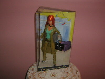 NEW-in-box 2003-MATTEL 1 Modern Circle BARBIE PRODUCER + accessories