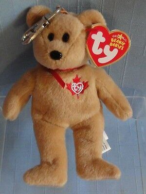 """TY Beanie Babies TRUE """"PRIDE OF THE NORTH""""  Key Chain Canada 2006 Maple Leaf"""