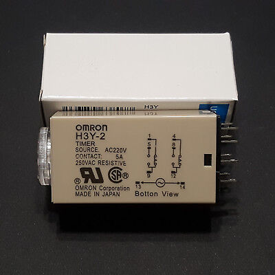 Omron H3Y-2 On Delay Timer Relay 220V 1-10Minute Min Mn Dpdt 5Amp With Base