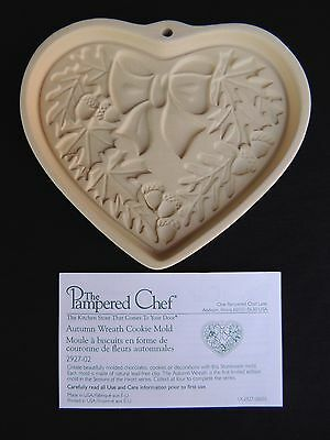 The Pampered Chef Autumn Wreath Cookie Mold