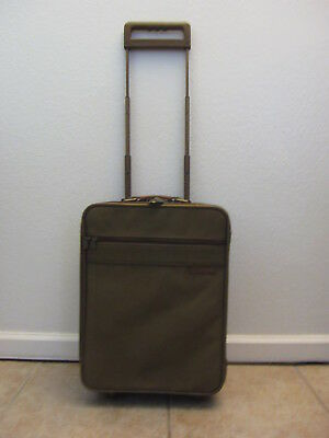 """Briggs & Riley 18"""" Baseline Oliver Expandable Carry-on Bag luggage"""