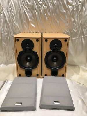 Onkyo Model D N5TX 2 Way Bass Reflex Bookshelf Speakers Set Of 70 Watt
