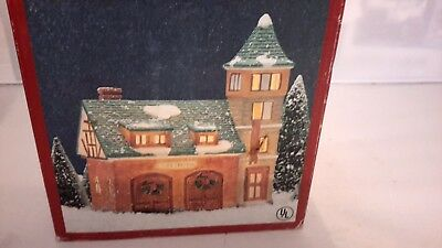 """Vintage Dickens    Collectables Hand Painted Porcelain Light House """"fire Station"""