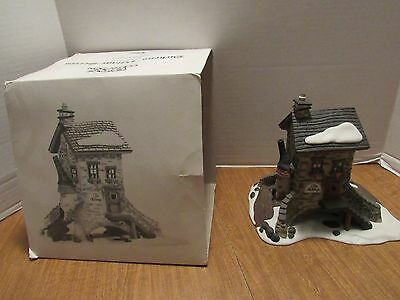 Dept. 56 Dickens Village The Maltings 1995  #5833-5  Nice Take A Look!