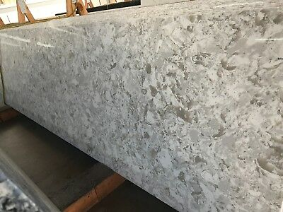 Cloudy Prefab Quartz Countertops