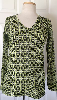 NWT Womens Under Armour HeatGear Printed Long Sleeve Shirt Black Neon 1263901