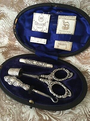 Antique EDWARDIAN Silver SEWING Set / ETUI, THIMBLE & Scissors in Leather Case