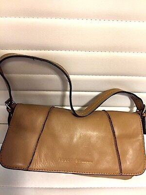 f99640489432 KENNETH COLE REACTION Camel Leather Purse