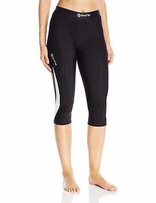 SKINS Women's Dnamic Thermal 3/4 Capri Compression Tights Black/Cloud Small