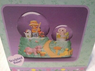 Precious Moments Snow Globe Figurine 'Old MacDonald Had A Farm' Music Box NEW