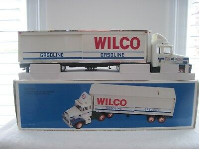 1988WILCO GASOLINE TRUCK with box @LOOK@