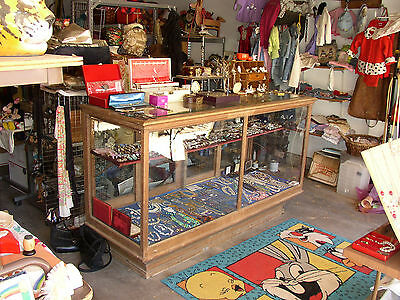 Antique & Original 6 Foot Oak  Store Display Showcase >Located In Michigan