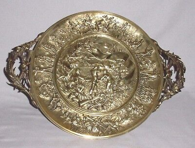 Antq Bronze Chiselled War Scene Soldiers Tazza Card Tray Centerpiece Stand 11.5""
