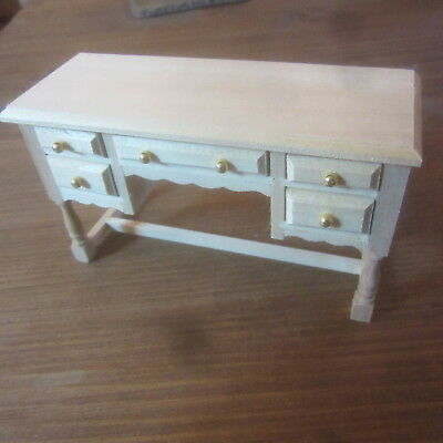 12th scale  Dolls House Furniture.  Dressing Table   BEF1099