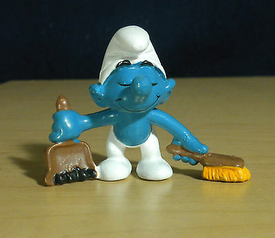 Smurfs Dustpan & Brush Smurf Germany 1983 Vintage Toy Figure Schleich Peyo 20189