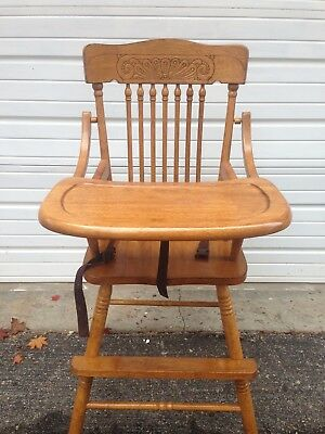 wooden high chair made by TEI good condition