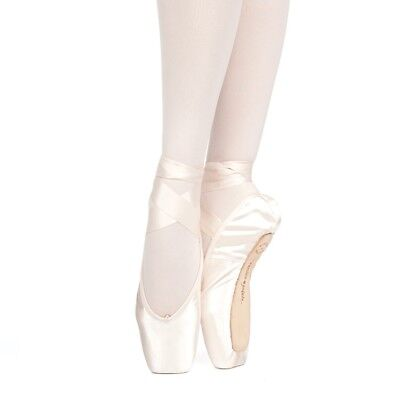 Russian Pointe Muse Drawstring Pointe Shoes - New