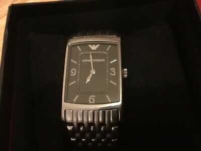 how to change the battery on an armani watch