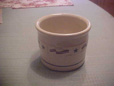 longaberger pottery.  one pint crock. new in box.