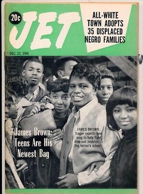 12/22/1966 Jet Magazine JAMES BROWN NEWEST BAG WHITE TOWN ADOPTS NEGRO FAMILIES