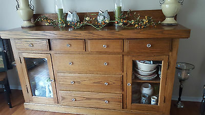 antique solid oak buffet excellent condition  1940's  ? PRICE REDUCED!
