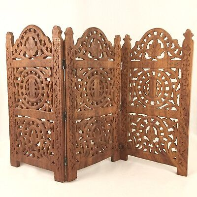 Folding Wooden Screen 15 Inch Hand Carved Three Panel Wood Mahogany Table Top #2
