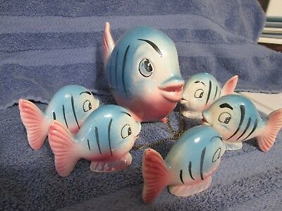 Chained Figurine Pink & Blue Fish w/5 Babies on Chain