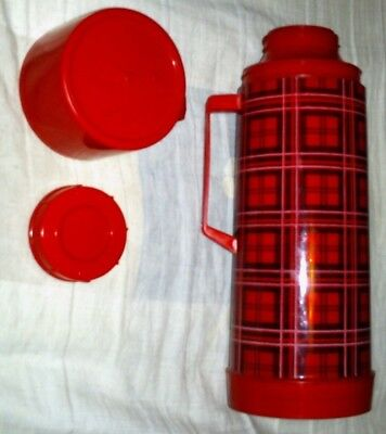 Vintage Retro Red and Black Plaid Aladdin Thermos 1 Quart w/Stopper and Cup l@@k