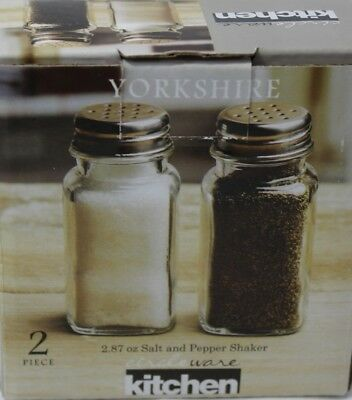 New Circleware Yorkshire Lead Free Clear Glass Salt and Pepper Shakers 2.85 oz