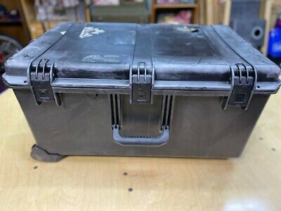 PELICAN STORM CASE iM2975 HUNTING CAMERA STORAGE CONTAINER Black in Color