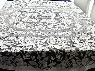Charming Vintage Round Lace Tablecloth 'roses' 175 Cm In Diameter.