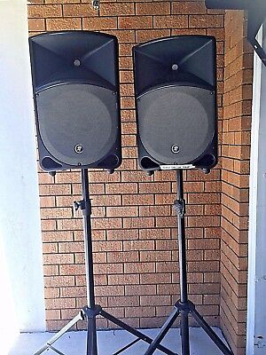Pa Speakers Mackie Thump 12A  Immaculate Condition