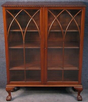 Edwardian Mahogany 2 Door Ball & Claw Bookcase / Cabinet