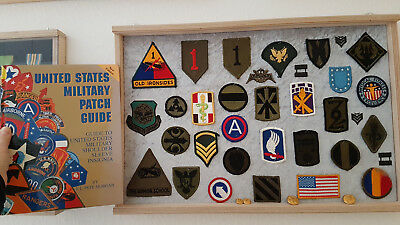 Military US Patch Guide..... Hardcover Buch + Patches