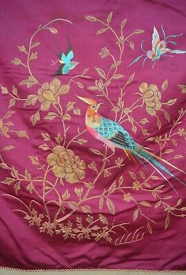 LUSCIOUS VINTAGE CHINESE EMBROIDERED TABLE MAT THROW w/ BIRDS TT355