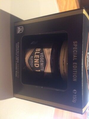 VEGEMITE BLEND 17 MADE IN PORT MELBOURNE 150g SPECIAL BOXED EDITION