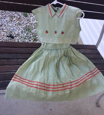 Vintage 1950s Green n Red  Little Girls Dress w Tags Never Worn Sz 10 J C Penney