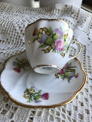 ==   Collectables dish cups and saucers bone china decorative Salisbury England