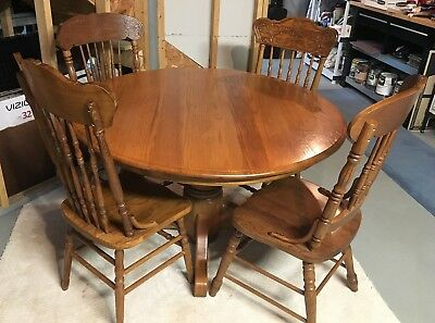 Vintage 48-inch Round Solid Oak Table with 4 Oak Chairs   PICK UP ONLY IN PA