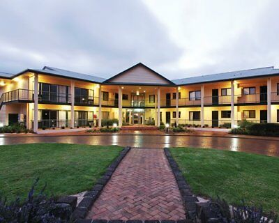 Holiday at Nepean Country Club RESORT on Sat 30th Dec 2017 to 6th Jan 2018