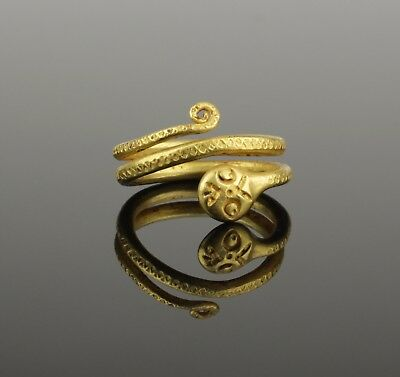 ANCIENT ROMAN GOLD SNAKE RING - 2nd Century AD