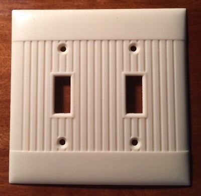 Vintage Sierra Electric Art Deco Ivory Ribbed Double Light Switch Plate Cover