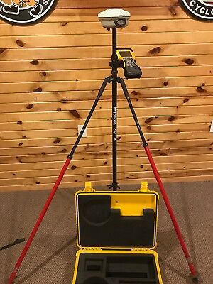 Network Rover - Trimble R8-2, Trimble TSC2, and additional assessories.