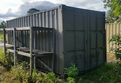 shipping container 20' 3 available